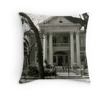 Old Mansion. Throw Pillow