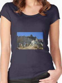NATURAL SCULPTURE Women's Fitted Scoop T-Shirt