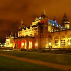Kelvingrove Art Gallery from Agyle St by Ross Lennox