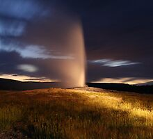 Old Faithful, Yellowstone Wyoming by Brayden