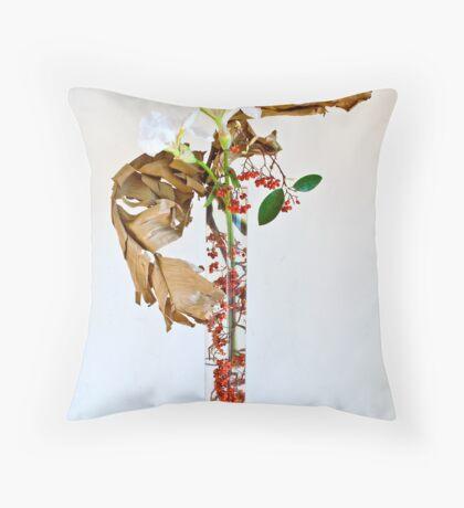 Ikebana-122 Throw Pillow