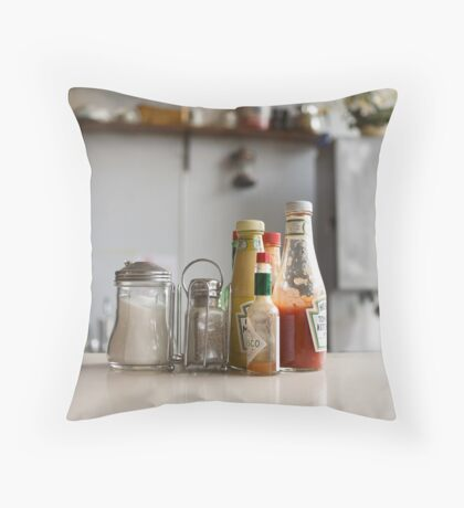 Minnies Cafe in Thompson Falls, MT Throw Pillow
