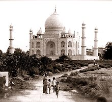 The other side of the Taj by Eyewise