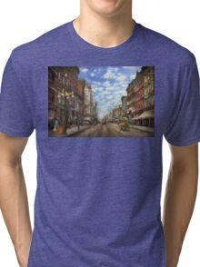 City - NY - Main Street. Poughkeepsie, NY - 1906 Tri-blend T-Shirt