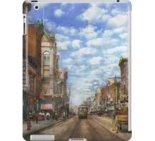 City - NY - Main Street. Poughkeepsie, NY - 1906 iPad Case/Skin