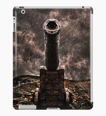 Vintage Cannon Fine Art Print iPad Case/Skin