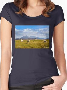 Highland Sheep Women's Fitted Scoop T-Shirt