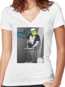 Im on my own shiz Women's Fitted V-Neck T-Shirt