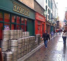 Beer barrels in Dublin by Ilanit