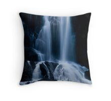 Flowing Falls. Throw Pillow