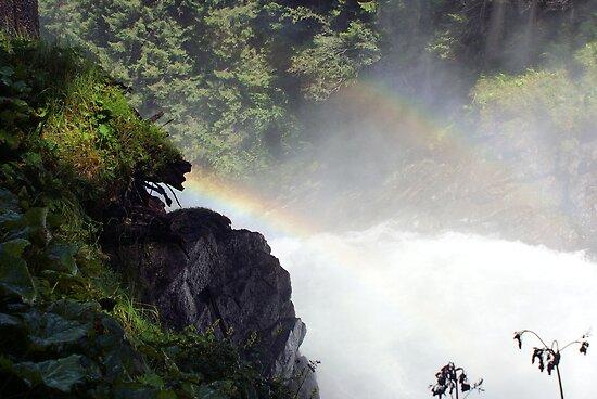 Two rainbow's one waterfal in Austria Krimml  by theheijt