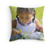 litter flower Throw Pillow