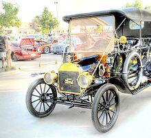 Vintage Auto by Dyle Warren