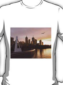 Seagulls over a Southbank sunrise T-Shirt