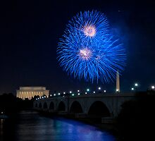 Fireworks over the Lincoln Memorial, Blue by Paul Bohman