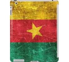 Vintage Aged and Scratched Cameroon Flag iPad Case/Skin