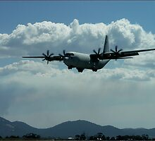 C130 Hercules - Australian International Airshow 2005 by Bev Pascoe