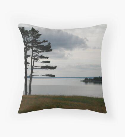 Calm seas, cloudy skies Throw Pillow