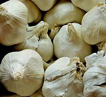 Garlic by Jeffrey  Sinnock