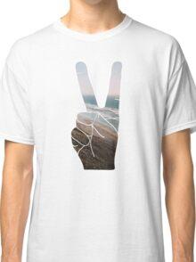 Peace Hand Beach Good Vibes Tumblr Vintage Love Instagram Print Classic T-Shirt