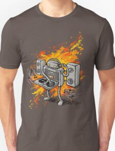 Robot DJ is in the House! Unisex T-Shirt