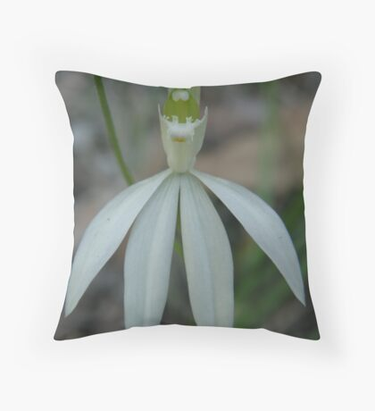 Hold your head high Throw Pillow