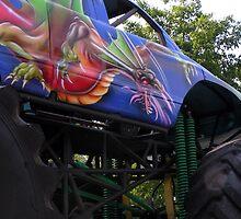 Monstrosity on wheels by patjila