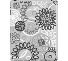 Pattern with black and white elements iPad Case/Skin