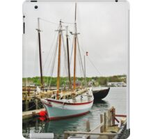 The Pinky & The Dory Fisherman ~ Gloucester, Massachusetts iPad Case/Skin