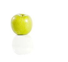 Apple by montsefigueiro