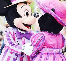 Mickey and Minnie love by disneylifelover