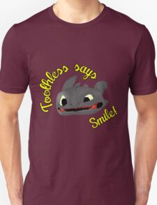 Toothless Says Smile! T-Shirt