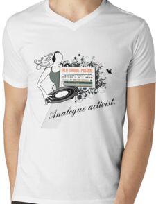 Old Skool Power 909 Mens V-Neck T-Shirt
