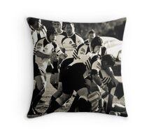 2009 Rams Throw Pillow