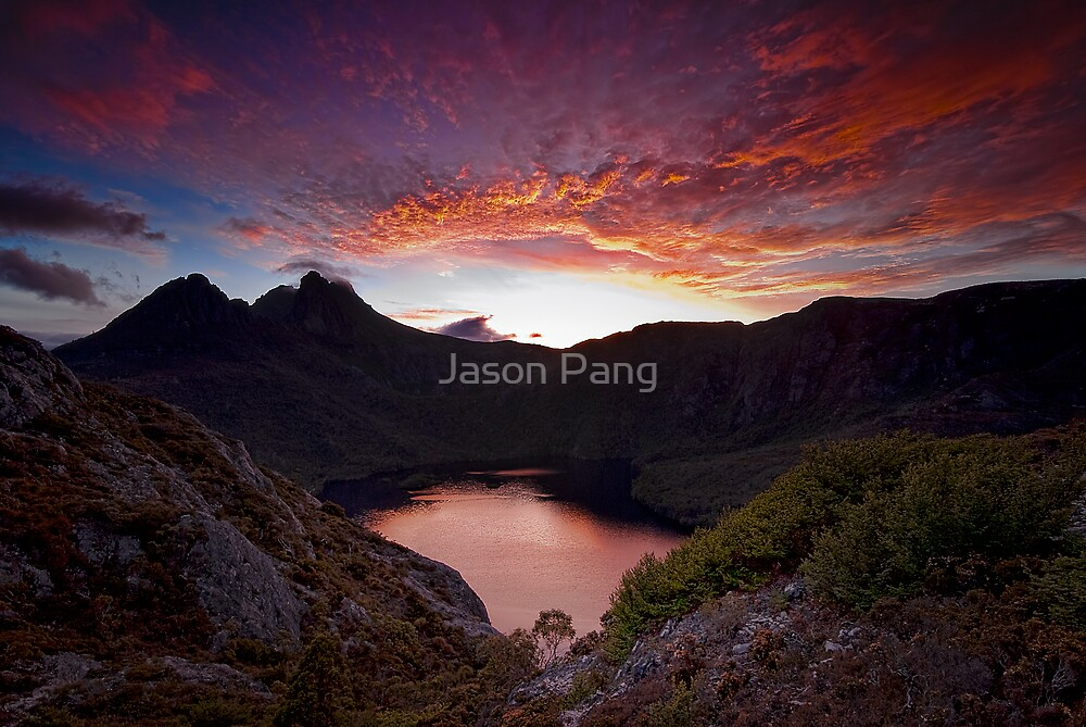Fiery Cradle Mountain by Jason Pang, FAPS FADPA