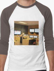 Unicorn in a cubicle #1 - the death of magic Men's Baseball ¾ T-Shirt