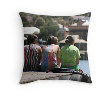 Chillin' out with friends Throw Pillow