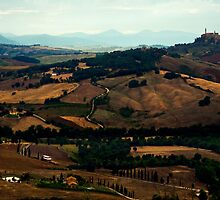 Towards Montepulciano by Mary Ann Reilly
