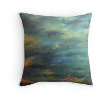 Orage sur la côte d'Émeraude Throw Pillow