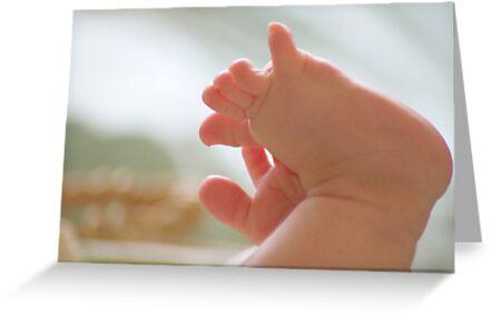 little toes by Sam Van