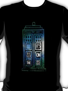 TARDIS - 'It's bigger on the inside' quote T-Shirt