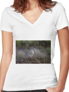 Crested Pigeon Women's Fitted V-Neck T-Shirt