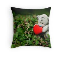 Finding love Throw Pillow