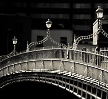 Ha'penny Bridge, Dublin by Maggy Morrissey