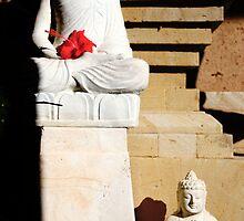 Buddhas, Ubud, Bali by JonathaninBali