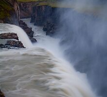Gullfoss by tonyconnelly