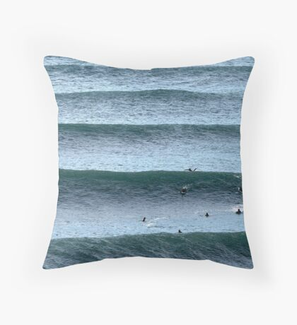 Angourie Line up June '09 Throw Pillow