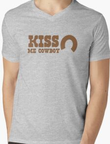 KISS me COWBOY! with cute horseshoe ladies cowgirl design Mens V-Neck T-Shirt
