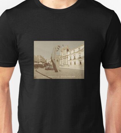 The awakening - Siracusa 2009 Unisex T-Shirt