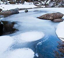 Frozen creek by MagnusAgren